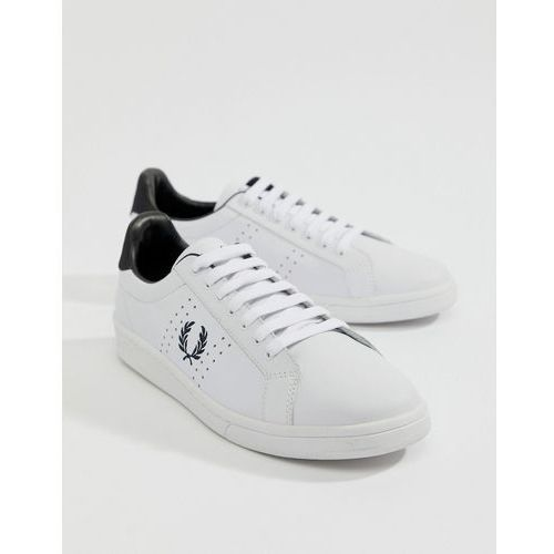 Fred perry leather contrast wreath trainers in white - white