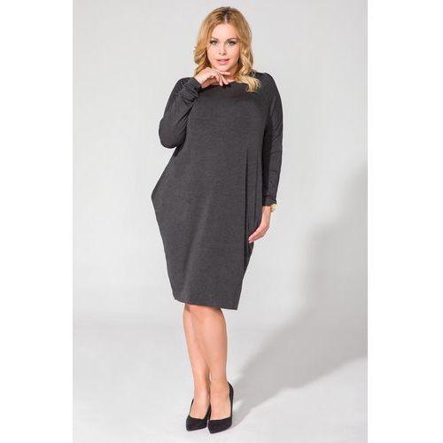 Ciemnoszara luźna dzianinowa sukienka midi z długim rękawem plus size marki Tessita