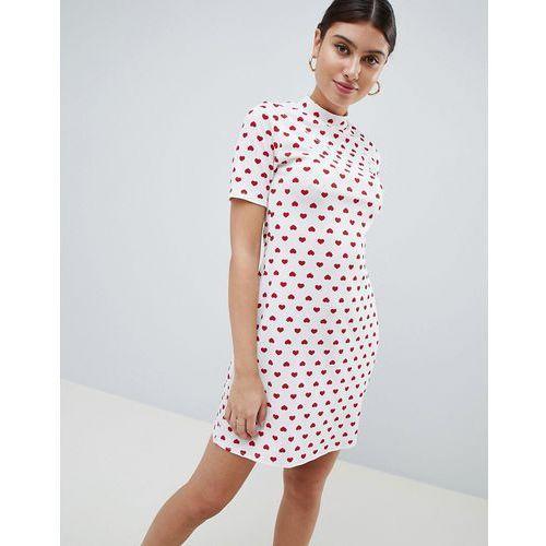 PrettyLittleThing Heart Print T-Shirt Dress - White, kolor biały