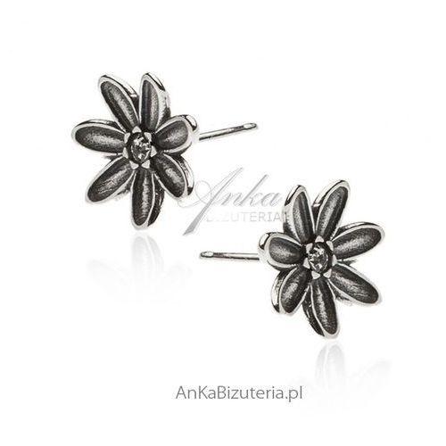 Kolczyki srebrne oksydowane kwiatki, kolor szary