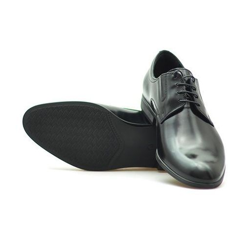 Pantofle c00c-5432-0017-00s01 czarne lico marki Conhpol