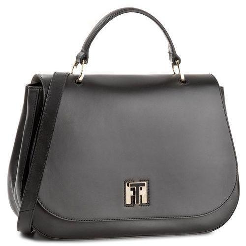 Torebka TOMMY HILFIGER - Th Twist Leather Med Satchel AW0AW05112 002, kolor czarny