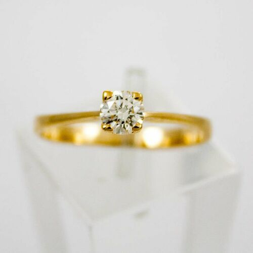 Złoty pierścionek z diamentem P1555, kolor żółty