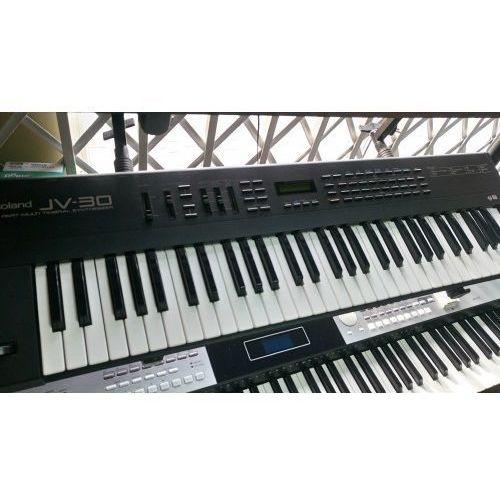 Roland Keyboard jv 30