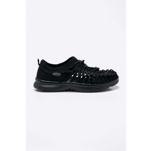 - sandały marki Keen
