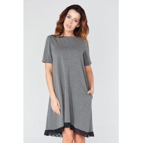 """Szara sukienka w kształcie litery """"a"""" z koronkową lamówką marki Tessita"""