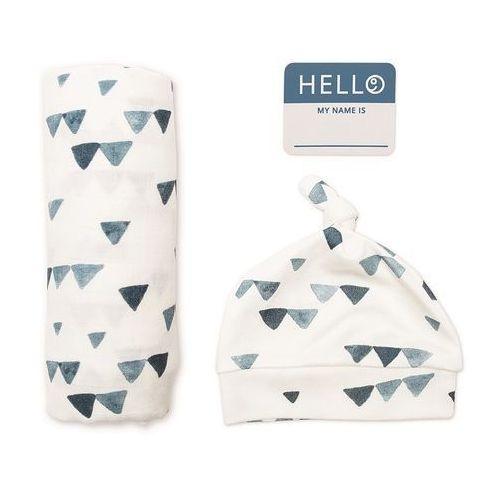 zestaw kocyk + czapka triangles marki Lulujo