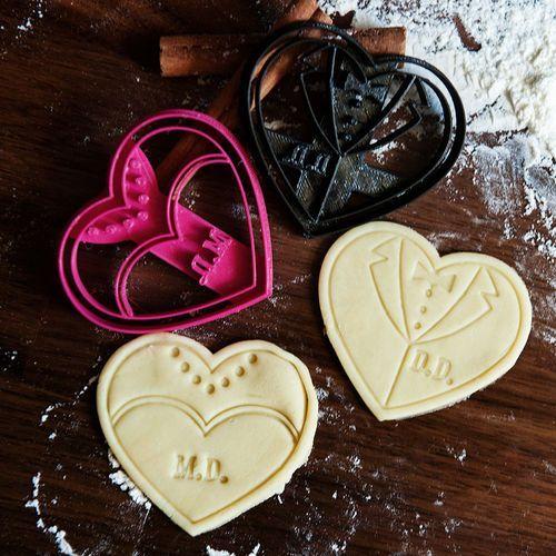 Ślub - zestaw dwóch foremek 3d do ciastek - dwie foremki 3d wyprodukowany przez Mygiftdna