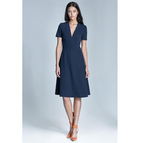 Elegancka Granatowa Sukienka Midi z Głębokim Dekoltem w Szpic
