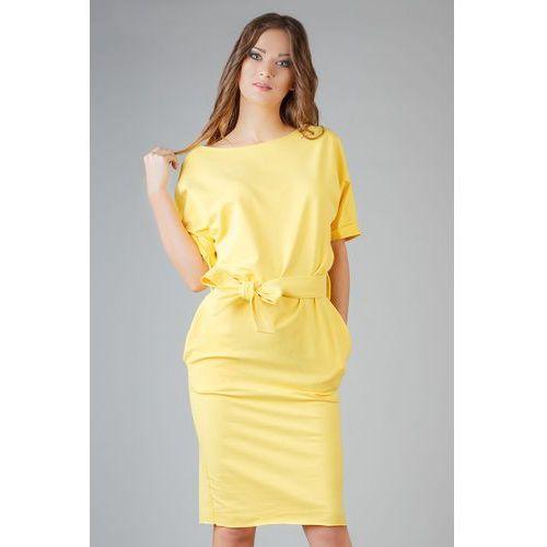Żółta dzianinowa prosta sukienka za kolano z wiązanym paskiem, Tessita, 34-46