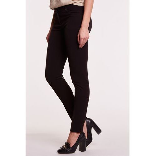 Eleganckie spodnie materiałowe w kolorze czarnym - L'ame de Femme, kolor czarny