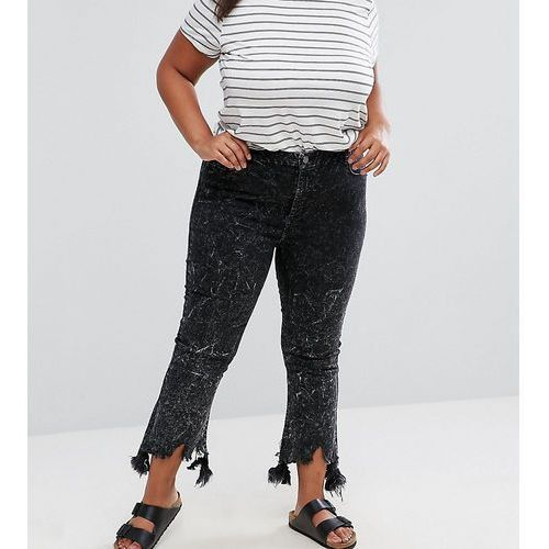 cropped flare jeans with arched raw hem in extreme acid wash black - black marki Asos curve