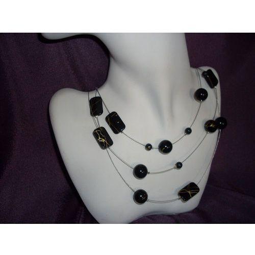 N - 00037 Naszyjnik z czarnych plastikowych koralików