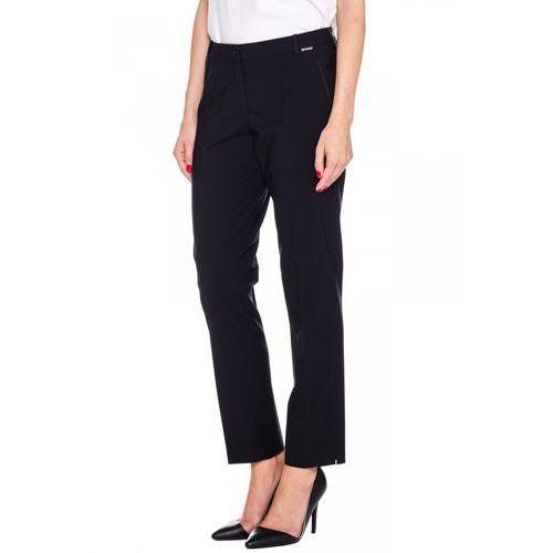 Eleganckie spodnie z ozdobnym stębnowaniem - Sobora, kolor czarny