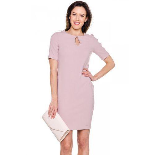 Różowa sukienka z ozdobnymi wycięciami - marki Emoi