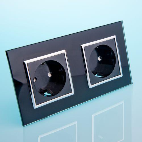 Podwójne gniazdo elektryczne 16a czarne szkło marki Livolo