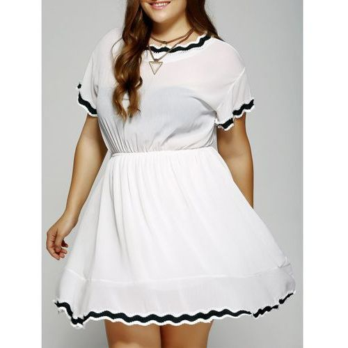 Rosewholesale Black plus size laciness mini dress
