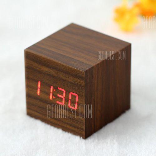 Wooden Square Red LED Digital Alarm Clock, kup u jednego z partnerów