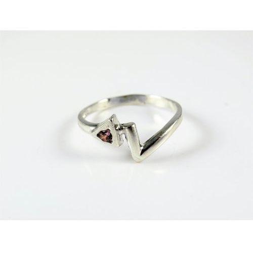 Srebrny pierścionek 925 RÓŻOWE OCZKO r. 17, kolor różowy