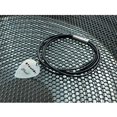 Charms bransoletka z kostką gitarową - super prezent dla gitarzysty i gitarzystki marki Grawernia.pl - grawerowanie i wycinanie laserem