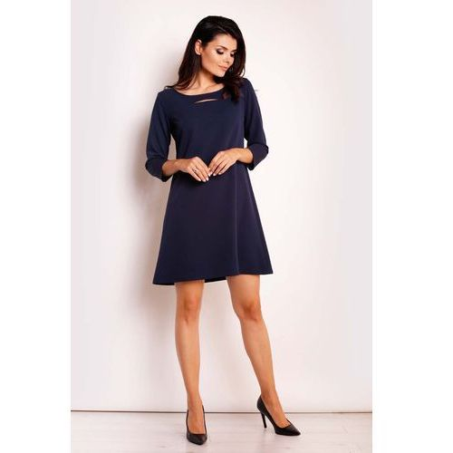 Granatowa Sukienka Trapezowa z Pęknięciem przy Dekolcie, kolor niebieski