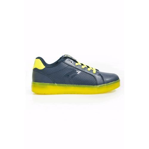 - buty dziecięce marki Geox
