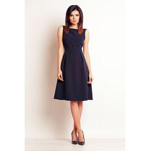 Granatowa elegancka midi sukienka na szerokich ramiączkach marki Infinite you