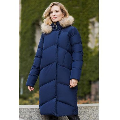 3d6a7a252fd65 Kurtki damskie · Długa kurtka puchowa z naturalnym futrem z jenota - Perso,  kolor granatowy