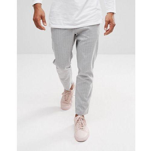 slim fit cropped trouser with stripe in grey - grey, Bershka
