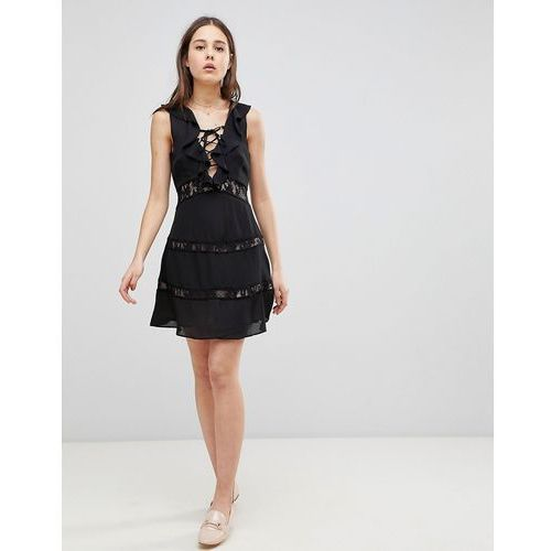 lace up dress with frill - black marki Glamorous