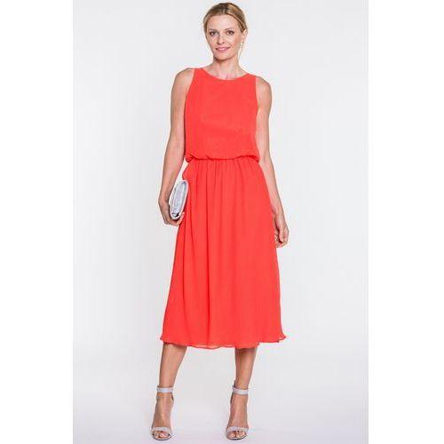 Koralowa sukienka z plisowanym dołem - SU, plisowana