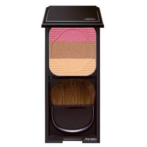 Face color enhancing trio - trójkolorowy puder do modelowania twarzy marki Shiseido