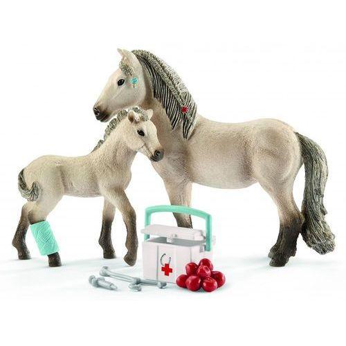 Zestaw figurek Islandzki koń i apteczka, GXP-642529