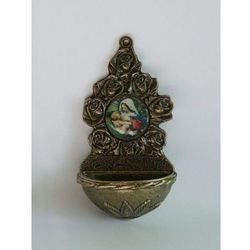Kropielniczka metalowa z wizerunkiem Matki Boskiej Karmiącej z kategorii Dewocjonalia