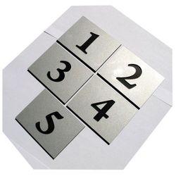 Numery grawerowane na drzwi aluminium 6x8 cm pojedyncze, towar z kategorii: Akcesoria do drzwi