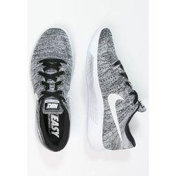 Nike Performance LUNAREPIC FLYKNIT Obuwie do biegania treningowe black/white