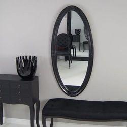 Owalne, lustro, ozdobna, drewniana rama, kolor czarny.