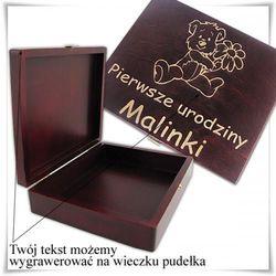 Drewniana szkatułka prezentowa 22cm x 18cm x 5.5cm z możliwością zamieszczenia graweru życzeń, dedykacji