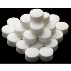 Sól w tabletkach 25kg. (worek) do urządzeń zmiękczających wodę od producenta Ciech