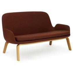 Sofa era na drewnianych nogach dąb tkanina breeze fusion marki Normann copenhagen