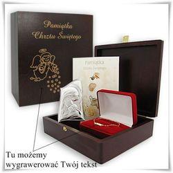 Zestaw prezentowy na chrzest w drewnianej szkatułce z opcją graweru dedykacji, życzeń