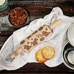 Unicorns - mini grawerowany wałek do ciasta - wałek 23cm wyprodukowany przez Mygiftdna