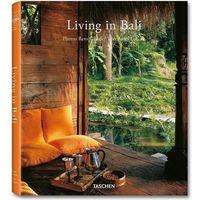 Living In Bali (9783836531689)