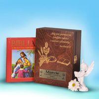 Biblia w drewnianym pudełku- pamiątka i komunii świętej marki Specially4u