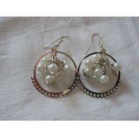 K-00108 Kolczyki z perłowym gronem, kolor biały