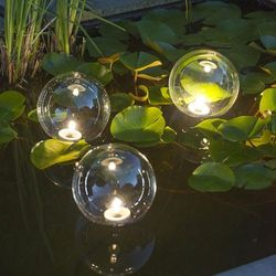 pływające oświetlenie oczka wodnego x3 wyprodukowany przez Ubbink