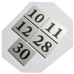 Numery grawerowane na drzwi aluminium 6x8 cm podwójne
