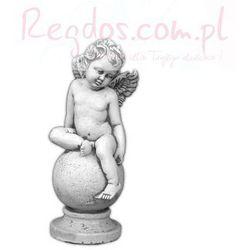 Figura ogrodowa betonowa aniołek na kuli 38cm