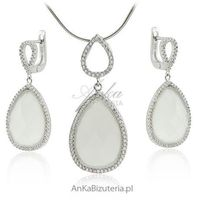 Anka biżuteria Biżuteria ślubna _ komplet biżuterii z białymi kamieniami