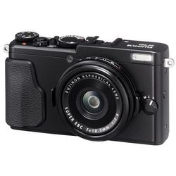 FujiFilm FinePix X70, aparat